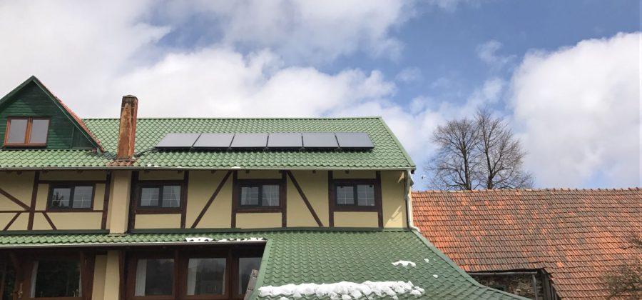 Instalatie solara cu 6 panouri plane SKT, pentru preparare de ACM si aport la incalzire